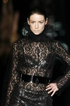 Dolce and Gabbana Fall/Winter 07 Source : 77visions.