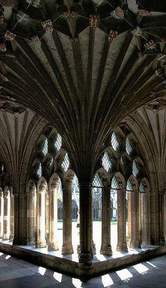 """bonitavista: """"Canterbury, England photo via lourdes """""""