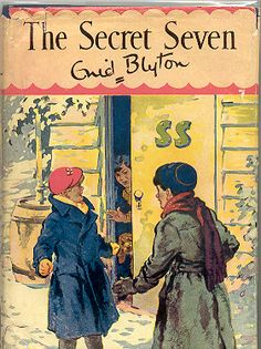 "Enid Blyton's The Secret Seven. Hard to believe they would use ""SS"" on the door though!"