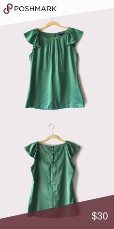 Banana Republic Easy Care Green Flutter Sleeve top Banana Republic | size medium | 100% polyester | three button closure on back | all pictures taken by me product shown as  is Banana Republic Tops Blouses