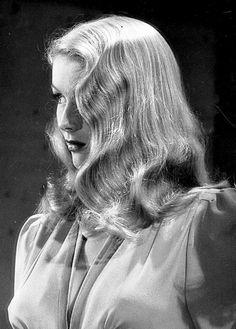 matttsmiths:  Veronica Lake, 1940's