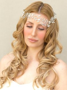 Bridel hair vine pearl hair accessories. by CrystalLadyHandmade