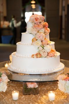 cascading peach and cream flowers