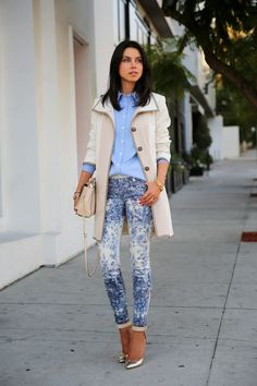 Possible camel blazer outfit ideas - with light blue shirt and printed blue pants with silver shoes