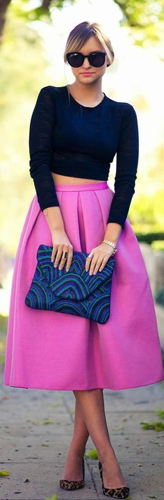 Perfect example of how to mix and match!! Love the hot pink and animal print shoes! - tuti