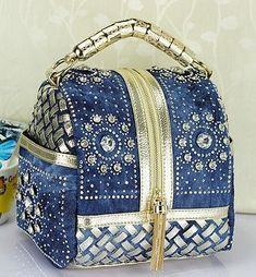 Women Diamonds Rhinestone PU Leather Demin Patchwork Handbag Ladies Casual Shoulder Bag Messenger Bag Crossbody Bag Source by hwongwendy Bags casual Denim Tote Bags, Denim Handbags, Small Handbags, Hobo Bags, Women's Handbags, Bags 2015, Denim Crafts, Handmade Handbags, Patchwork Bags