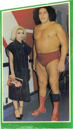 Debby Harry with André René Roussimoff, best known as André the Giant, was a French professional wrestler and actor. His best-remembered acting role was that of Fezzik, the giant in the film The Princess Bride Rock And Roll, Divas, Andre The Giant, Blondie Debbie Harry, Look At You, Blondies, Persona, Pop Culture, Celebs