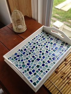 The best Mosaic tray ideas Mosaic Tray, Mosaic Glass, Mosaic Tiles, Mosaics, Glass Art, Mosaic Crafts, Mosaic Projects, Diy Projects, Mosaic Designs