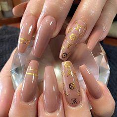 nail louis vuitton Summer Acrylic Nails, Best Acrylic Nails, Acrylic Nail Designs, Mochila Louis Vuitton, Gucci Nails, Nail Stencils, Nail Tattoo, Tattoo Art, Gem Nails