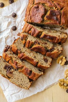 Grain-Free banana walnut bread made with coconut flour and naturally sweetened with pure maple syrup #healthy #glutenfree #paleo