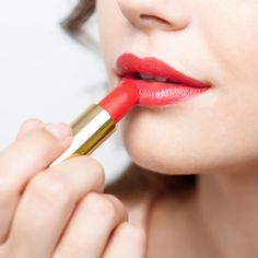 The best lipstick brands are that the mood-lifter that glams you up instantly. The top lipstick brand is undeniably the foremost powerful cosmetic tool on your dresser. We have a tendency to kiss with them, we have a tendency to sip with them. Best Lipstick Brand, Lipstick Brands, Best Lipsticks, Organic Beauty, Organic Skin Care, Natural Skin Care, Gluten Free Makeup, Vegan Makeup, Long Lasting Lipstick