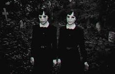 Google Image Result for http://images3.wikia.nocookie.net/__cb20121128073344/creepypasta/images/a/af/Creepy_girls.gif