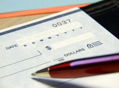 7 bank accounts families should have and how to budget money for the accounts... Definitely worth the read!