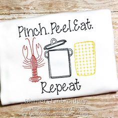 BlumersEmbroidery shared a new photo on Etsy Machine Embroidery Gifts, Shirt Embroidery, Applique Embroidery Designs, Burp Cloths, Hostess Gifts, Beautiful Babies, Monograms, Baby Things, Spice Things Up