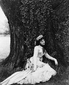 Vivien Leigh by Cecil Beaton  - 1947