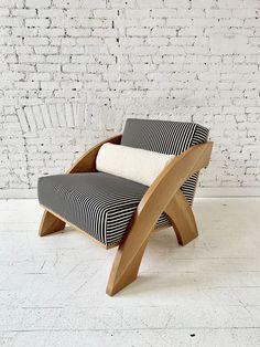 MOVING MOUNTAINS–Arc Lounge Chair Mountain Designs, Move Mountains, All Sale, Outdoor Furniture, Outdoor Decor, Sun Lounger, Showroom, Colonial, Household