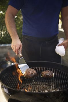 Dude Food, Grill Pan, Grilling, Good Food, Griddle Pan, Crickets, Healthy Food, Yummy Food