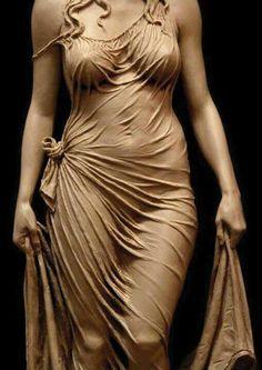 Picture of bronze sculpture titled Human Sculpture, Sculptures Céramiques, Bronze Sculpture, Arte Do Galo, Classical Art, Aesthetic Art, Female Art, Beauty Women, Character Art