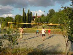 Beach Volley !! #match #volley #partita #sabbia #sand #pallavolo #campioni #schiacciare #sfida #soloqui #punti #banda #opposto #centrale #ariaaperta #sport #salute #starbene #benessere