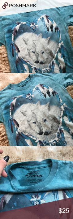 vintage | kids tiedye nature wildlife tee KIDS BLUE TIEDYE WILDLIFE NATURE SOFT T-SHIRT • size child large • excellent condition; no holes, stains, fading or cracking • soft cotton ----- #nature #wolves #wildlife #oceanblue #tyedye #tiedye #kids #vintage #vtg #retro Vintage Shirts & Tops Tees - Short Sleeve