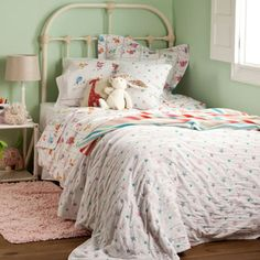 Kids Gloss Bedspread and Cushion Cover