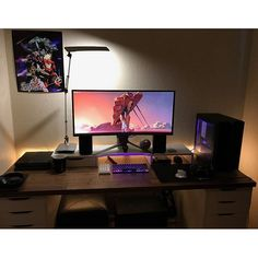 "639 Likes, 4 Comments - Mal - PC Builds and Setups (@pcgaminghub) on Instagram: ""A clean ultrawide setup! Those mechs look great, I have considered building myself a numpad for a…"""