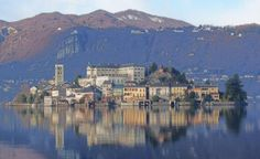 ψ: ΙΤΑΛΙΑ: Φθινόπωρο στη Λίμνη Όρτα! Italian Lakes, Most Romantic, To Go, Italy, San, River, Places, Outdoor, Chic