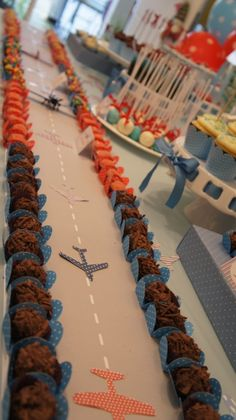 The runway I created from the airport . what an air traffic, huh! 006 by PraGenteMià . - The runway I created from the airport … what an air traffic, huh! 006 by PraGenteMiúda, via Flic - Airplane Baby Shower, Airplane Party, Airplane Toys, Airplanes, 3rd Birthday Parties, Baby Birthday, Birthday Ideas, Top Gun Party, Planes Party
