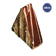 794dfb8ab089d Piramide de  chocolate negro. Combianacion de  bizcocho y bizcocho de  chocolate con un relleno de  crema de chocolate
