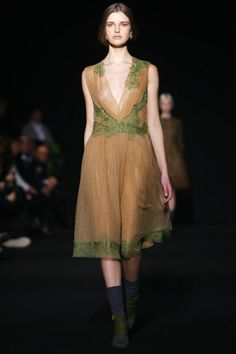 Sofiaz Choice:  Alberta Ferretti Ready To Wear Fall Winter 2014 Milan