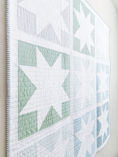 This month I had the honor to create a custom baby boy quilt and I'm in love! Late last month mom-to Quilt Baby, Baby Boy Quilt Patterns, Star Patterns, Carters Baby, Baby Boys, Baby Quilts For Boys, Modern Baby Quilts, Baby Gap, Baby Must Haves
