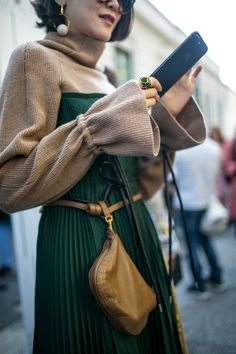 Street style at Milan Fashion Week Women's Spring 2018 All about the sleeves