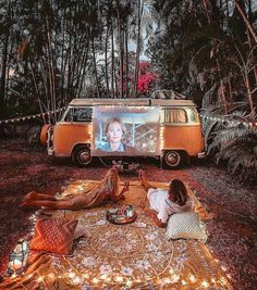 Vanlife Magazine, your first inspiration for Van Life. Learn how ma .,Vanlife Magazine, your first inspiration for Van Life. Learn how ma . - Vanlife Magazine, your first inspiration for Van Life. Learn how to travel …. Dream Dates, Cute Date Ideas, Kombi Home, Van Living, Camper Life, Vw Camper, Volkswagen Bus Interior, Bus Life, Vw Bus