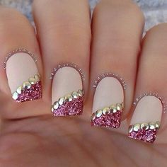 Nails♥ #prom #nails #pretty #glitter #gold #pink