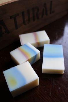 レインボーソープと一緒にできるデザイン石けん|新潟 手作り石鹸の作り方教室 アロマセラピーのやさしい時間