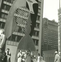 Chicago Picasso sculpture, photo from 1973.