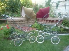 Vintage Pram, Baby Prams, Special Delivery, Outdoor Furniture Sets, Outdoor Decor, Retro, Old And New, Baby Strollers, God