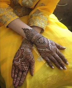 detailed mehndi design for hand Mehandi Design Henna Design# Mehandi Art Mehandi Art Henna Art Beautiful henna design by how lush the paste look like! Make the design so beautiful detailed mehndi design for hand