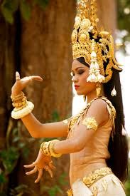 Four Tips For A Beautiful Beach Wedding Cambodian People, Cambodian Art, Khmer Tattoo, Fashion Terminology, Bali Girls, Tap Costumes, Costumes Around The World, Thai Art, Royal Ballet