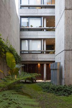 Galería de Edificio Acuña de Figueroa / Estudio Abramzon + Estudio ZZarq - 3