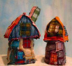 More of Cocoon Designs beautiful felted houses <3.  Love these so much.