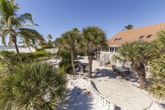 Sheer joy at this #Beach Chalet! http://blog.sunpalacevacationhomes.com/2017/06/draft-sheer-joy-at-beachfront-chalet/?utm_campaign=coschedule&utm_source=pinterest&utm_medium=Sun%20Palace%20Vacations&utm_content=Sheer%20joy%20at%20Beach%20Chalet%21 #LoveFL #VisitFlorida #beaches #beachhomes #beachvacation #vacation #beachfront #vacationhomes #vacationrentals #beachrentals #Florida