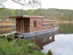 Houseboat - CZECH PAN s.r.o.
