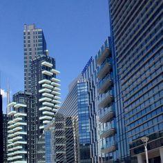 Milano Porta Nuova #milan #milano #whywelovemilano #igermilano #volgomilano #milanodavedere #milanocity #milanocityufficiale #mailand #милан #portanuova by gamspitz