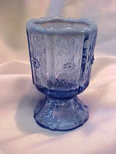 *FENTON ART GLASS ~ Blue Violet Daisy and Vine Toothpick Holder