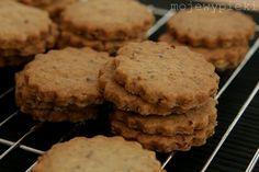 Ciasteczka z pekanami i syropem klonowym