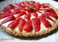 Crostata integrale alle fragole e crema al cocco / crema pasticcera
