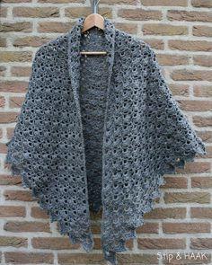 64 New Ideas Crochet Cowl Poncho Love Crochet Shawl Free, Crochet Poncho Patterns, Crochet Shawls And Wraps, Crochet Scarves, Diy Crochet, Crochet Clothes, Crochet Stitches, Crochet Capas, Crochet Patron