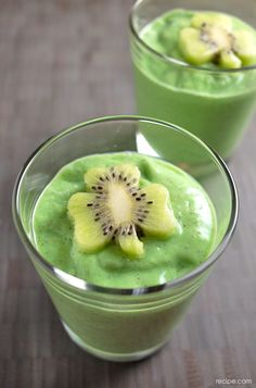 Festive (and Healthy!) St. Patrick's Day Shamrock Fruit Smoothies