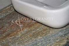 Bagno In Pietra Di Luserna : Fantastiche immagini in nostre realizzazioni in pietra di